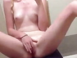 Young girl masturbating in changing room - nicolo33